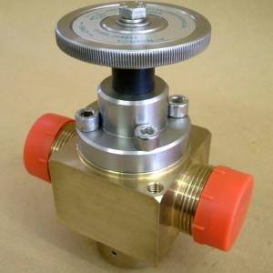 Oxygen service valve
